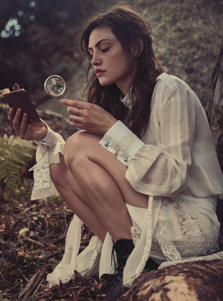 teresa-palmer-phoebe-tonkin-by-will-davidson-for-vogue-australia-march-2015-2